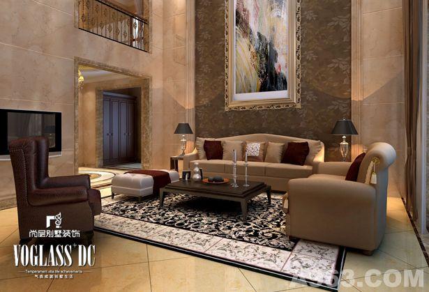 本案风格纯粹清爽,带给人初春般万物盎然之感。凭借尚层设计师一手打造的丰富的空间结构,这套别墅完美演绎了都市一族的生活格调。大量使用的白色系,将冷白、灰白、米白、暖黄白演绎得淋漓尽致。为配合室内色调,灯饰也选择了使用水晶系列。布艺的选择,则以简约温馨为主。棕黄、米白、鹅黄的暖色调,将白色系的距离感化解,带来一种亲和力。虽然摒弃了光怪陆离的装饰,但韵味却丝毫不减。 客厅中,布艺沙发充满异国风情的图案,使得白色主题的空间避免了呆板和空荡,也加入了一丝动感的情趣。天花吊顶上柔美的灯光也与布艺制品的柔和相映成趣,带